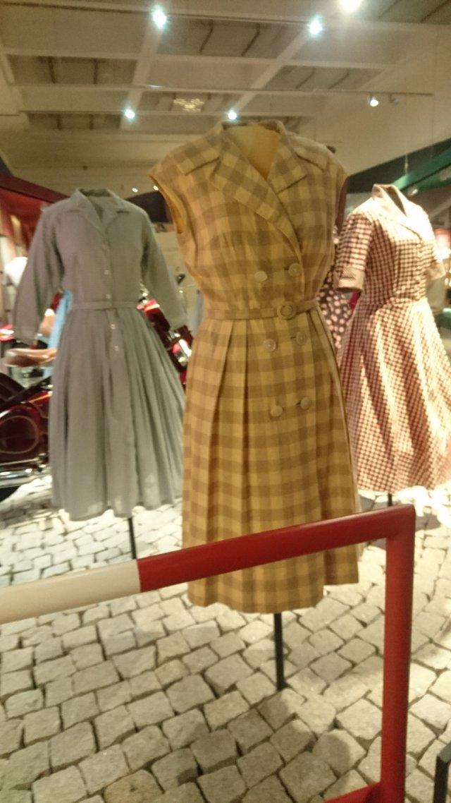 retro, retro-exhibition, prague, exhibition-prague, prague-museum, retro-clothing, retro-lifestyle, vintage-style, vintage-dresses, vintage-hats, vintage-shoes, vintage-fashion, blogger-travels, city-breaks, weekend-breaks, vintage-gowns, turn-back-time