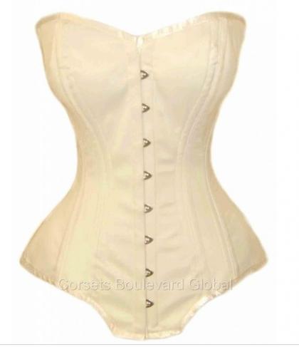 corsets, vollers-corsets, true-corset-uk, corset-boulevard-global, plus-size, plus-size-lingerie, plus-size-fashion, plus-size-blogger, plus-size-fashionista, plus-size-forty-plus