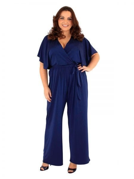 plus-size-clothing, plus-size-fashionista, plus-size-model, plus-size-fashion, fin-fashion-plus, plus-size-blogger, fblogger, psblogger, plus-blogger, vintage-style, vintage-hair, jumpsuit, plus-size-jumpsuit
