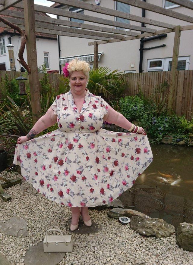 yours-clothing, yours, stylexl2017, stylexl-awards, stylexl-award-winner, most-inspiring-blogger, bardot-dress, leah-tea-dress, hell-bunny, hell-bunny-dress, floral-bardot-dress