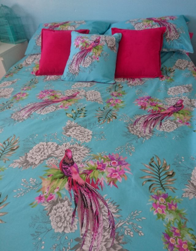 primark, primarni, bedroom-makeover, duver-cover, kingsize-duvet-cover, new-bedding, bird-of-paradise, decorative-pillows, bedding-set, tropical-pattern, budget-buy-bedding, plus-size-girl, plus-size-blogger, ps-blogger, fat-girl, fatshionista, fatshion