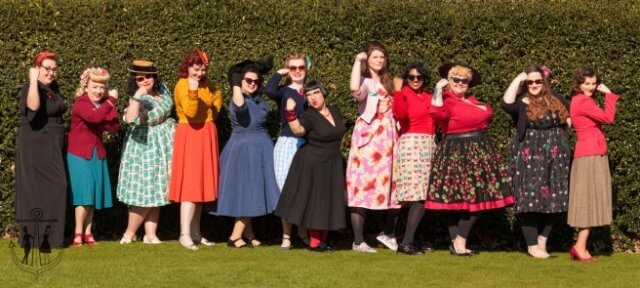 vintage-meet-ups, vintage-adventures, kew-gardens, vintage-style, vintage-ladies, pin-up-girls, pin-up-girl-clothing, original-vintage, blogger-babes, london-activities, london-weekend, vintage-friends, meetup, picnic, vintage-picnic, the-hive-at-kew, vintage-photos, vintage-fashion