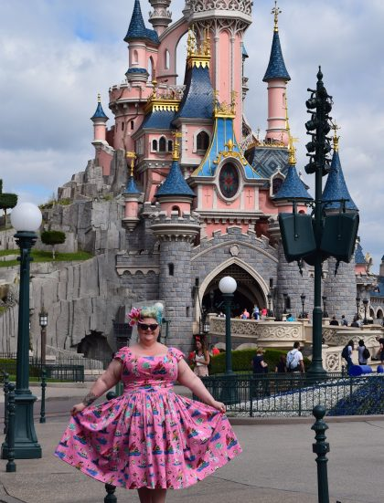disneyland paris, pin up girl clothing, blogger besties, eurodisney, eurostar, hotelb&b, disney, illuminations, disney 25th anniversary
