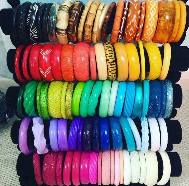 splendette, miss victory violet, plus size blogger, bangles, vintage bangles, plus size vintage, blogger, psblogger, vintage blogger