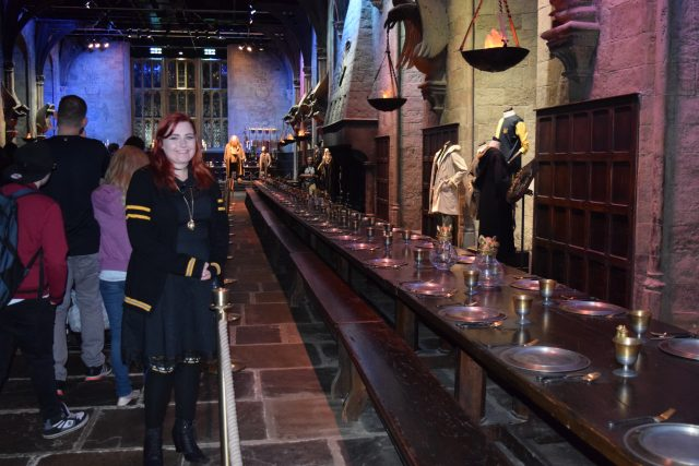 harry potter, warner brothers studio, harry potter studio tour, forbidden forest, diagon alley, hogwarts, watford, butterbeer, platform 9 3/4, hogsmead, dobby, fawkes, behind the scenes, pottermore, hufflepuff forever
