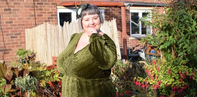 !voodoo vixen, olive dress, molly dress, nicki dress, velvet dress, thirties style, londonedge, velvet gown, plus size, evening wear, plus size vintage, repro vintage, plus size vintage fashion