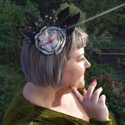 tegen, brooch, fascinator, hair accessories, tegen accessories, flower hairclips, capette, crown brooch,