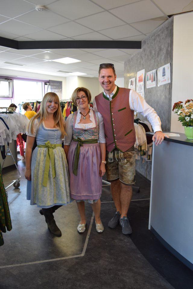 6f491cade1c5c7 dirndl, dirndl dress, wenger austrian style, stuttgart, germany,  cannstatter volksfest,